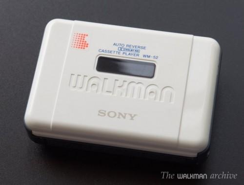 SONY Walkman WM-52 White 01