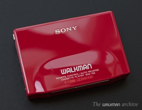 SONY Walkman WM-702 Red 01