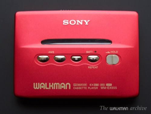 SONY Walkman WM-EX555 Red 01